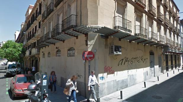 El Patio Maravillas desafía a Carmena y okupa un edificio en Malasaña