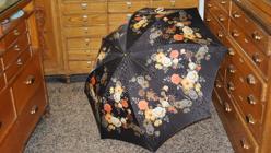 Uno de los modelos de paraguas de flores de Casa de Diego