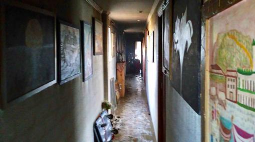 Interior de la vivienda afectada por el fuego