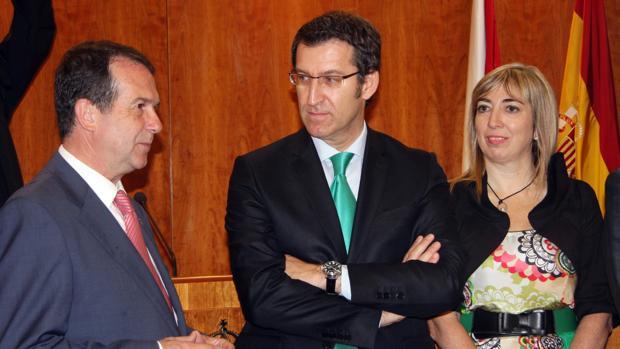 Lucía Molares, junto a Feijóo y a Abel Caballero, en una imagen de archivo