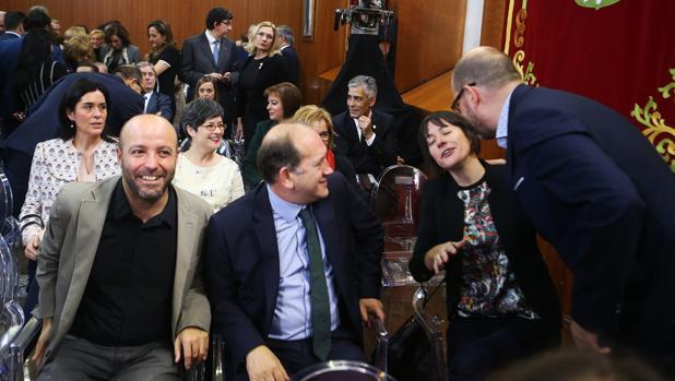 Ana Pontón rechazó el saludo con dos besos de Martiño Noriega