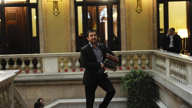 El consejero de Salud, Antoni Comín, en el Parlament