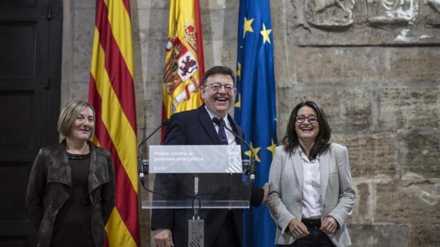 La consellera Salvador (izquierda), con Ximo Puig y Mónica Oltra en una comparecencia