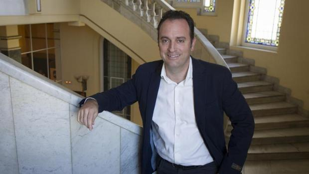 Daniel Portero dirige Dignidad y Justicia