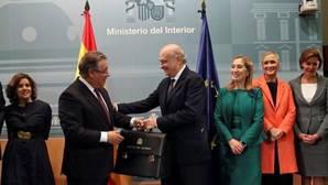 El PSOE da la espalda a Fernández Díaz como presidente de la Comisión de Exteriores