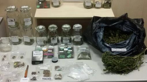 Marihuana, hachís y el resto de sustancias incautadas por la policía
