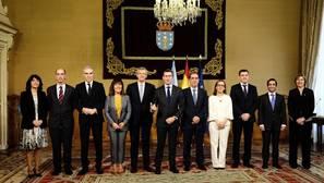 Feijóo llama a su gobierno a ser «el punto de encuentro de los gallegos»