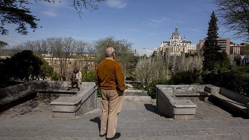 Los mejores miradores para disfrutar de la Superluna en Madrid