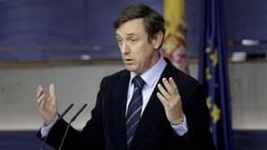 Podemos y los nacionalistas buscan fórmulas para impedir el nombramiento de Fernández Díaz