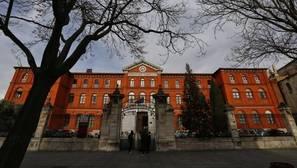 15 alumnos y dos adultos evacuados al hospital por intoxicación en un instituto de Valladolid