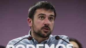 Ramón Espinar eligió su equipo «con criterios de confianza» y asegura que «es plural»