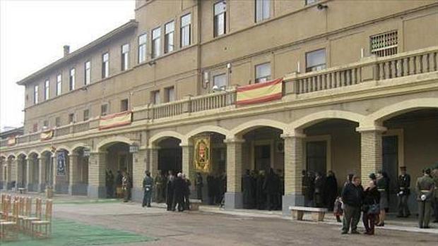 El cuartel tiene para la capital oscense un impacto económico de entre 6 y 8 millones de euros al año