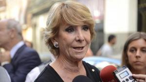 Aguirre dice que Ahora Madrid ve «estupendo» los «torsos desnudos» porque Maestre ya lo enseñó «en una iglesia»