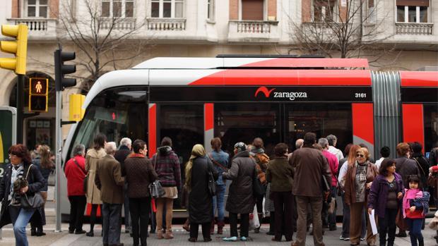 La línea del tranvía que recorre Zaragoza de norte a sur entró en servicio al completo en 2013