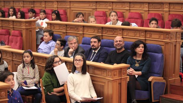 PP, PSOE y Podemos, unidos por los derechos de la infancia