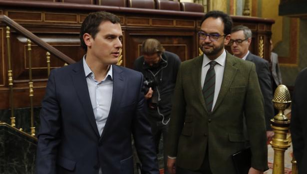 Albert Rivera junto a Antonio Hernando