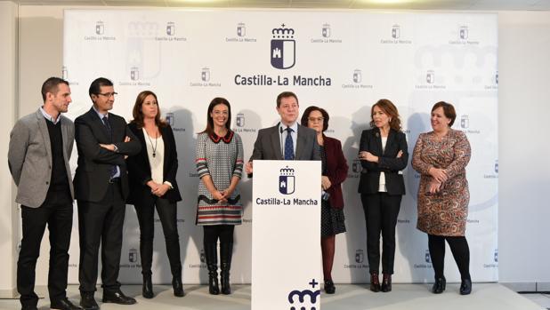 El presidente de Castilla-La Mancha, Emiliano García-Page, en su intervención en la nueva residencia que gestionará Aspacecire en Ciudad Real
