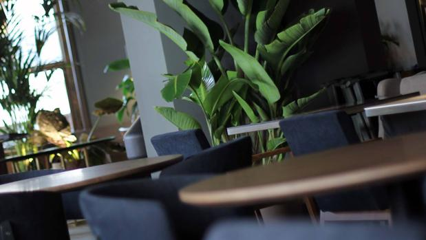 Mesas del nuevo restaurante La Primera, en Gran Vía