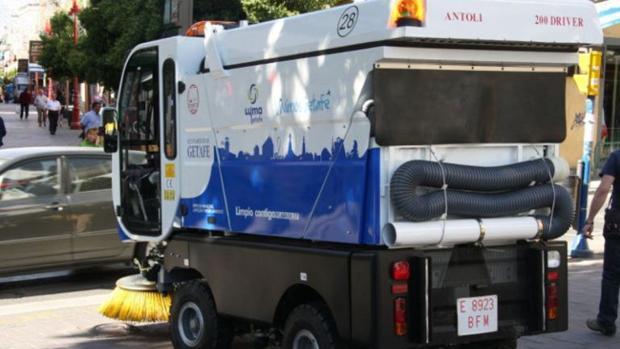 Uno de los camiones de limpieza que operan en Getafe