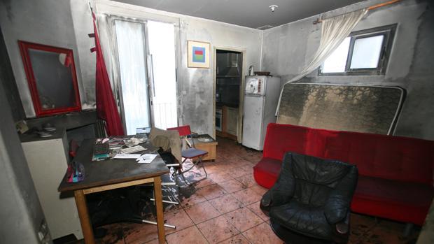 Estado en el que quedó el piso tras el incendio