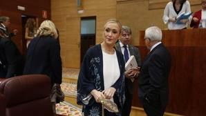Solo el PP catalán apoya a Cifuentes en su teoría fiscal