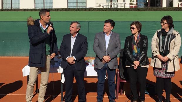 Guillermo García López durante el homenaje que se le ha rendido en el Club de Tenis de Albacete