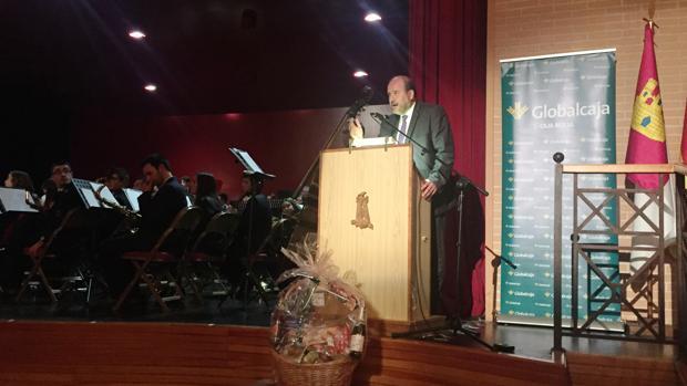El vicepresidente regional, Martínez Guijarro, durante su intervención en el acto con motivo de Santa Cecilia en Mota del Cuervo