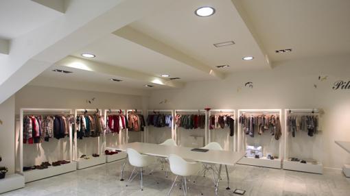 Showroom de la firma Pili Carrera en la localidad pontevedresa de Mos