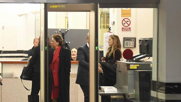 Imagen de Barberá tomad este lunes a su llegada al Tribunal Supremo