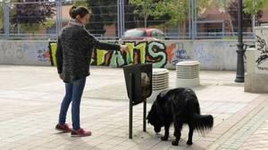 Carmena dispara el número de multas de limpieza en Madrid