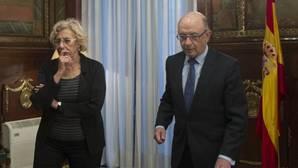 Carmena cede ante Montoro: cambiará el Plan Económico Financiero de Madrid