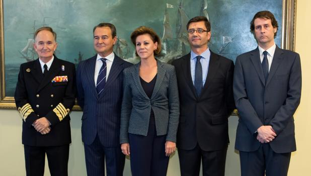 El almirante José Francisco Martínez Núñez; Agustín Conde; María Dolores de Cospedal; Arturo Romaní y José Luis Ortiz