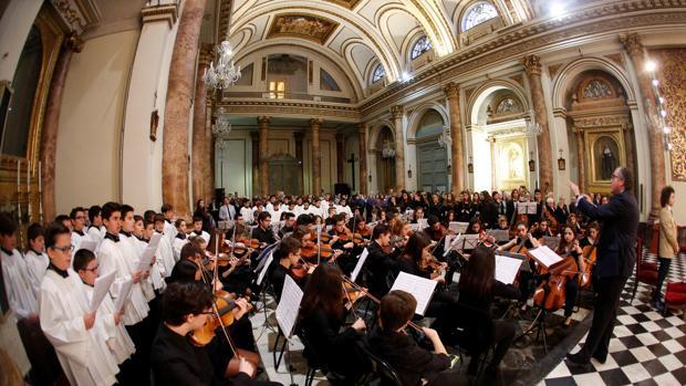 Imagen de la eucaristía en honor a Santa Cecilia