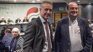 El PSOE intenta digerir que la coalición PSE-PNV va a impulsar la «nación» vasca