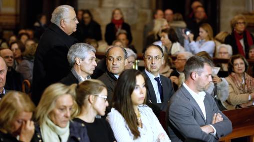 Familiares y amigos de Barberá, entre ellos Francisco Camps, Adolfo Suárez Illana y Juan Cotino