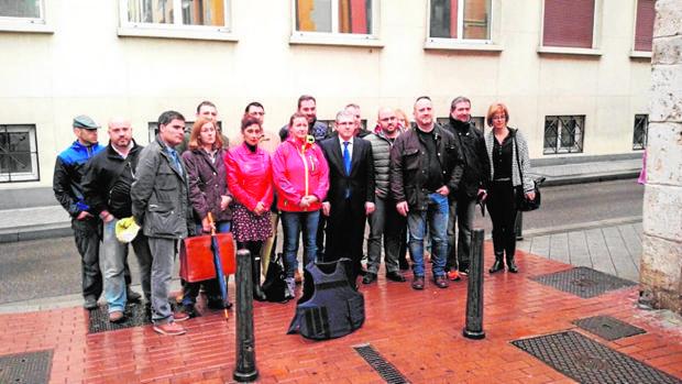 La Guardia Civil de Salamanca, en el centro, tras declarar en Valladolid ante el Juzgado Militar