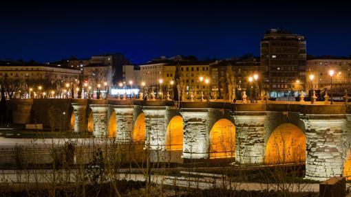 El puente de Toledo, en madrid Río, por la noche