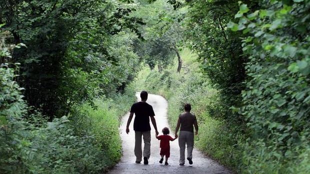 La familia es el mejor lugar para crecer. Los niños tutelados por la Junta evitan así pasar la infancia en centros de protección