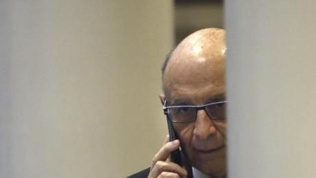 Cristóbal Montoro, ayer, en el Senado