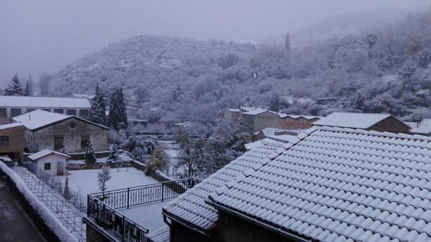 Así ha amanecido el municipio burgalés de Pradoluengo, en la comarca de los Montes de Oca, en la Sierra de la Demanda