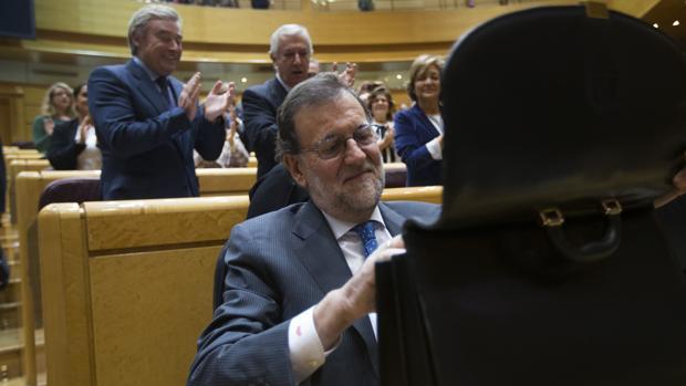 Rajoy, ayer, en la sesión de control del Senado
