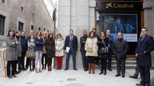 Luto y consternación entre los empleados de Caixabank