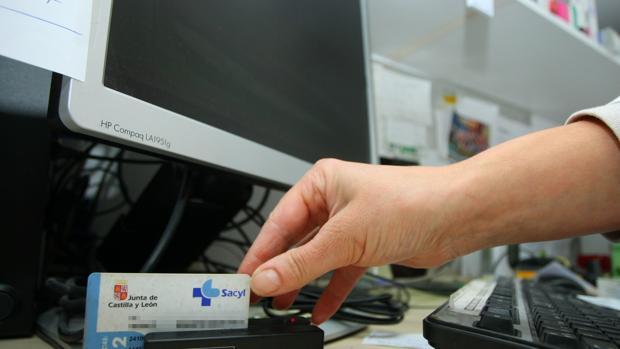 La receta electrónica ya funciona en todas las farmacias de Castilla y León