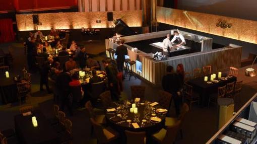 La Sala 1 del cine Capitol se ha habilitado para acoger las mesas del restaurante
