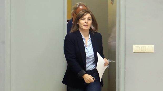 La presidenta de la gestora del PSdeG, Pilar Cancela, en la sede de los socialistas gallegos