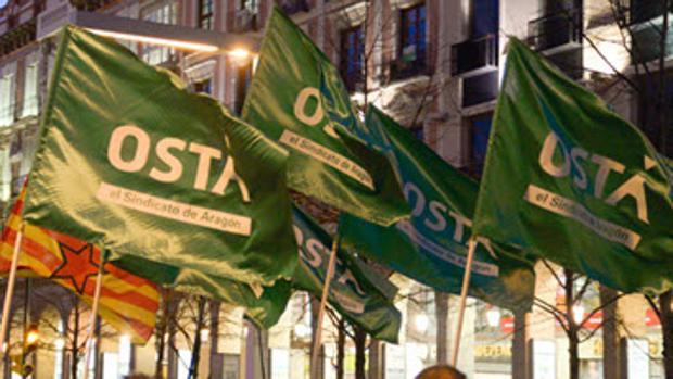 Barderas del sindicato aragonés OSTA, durante una manifestación