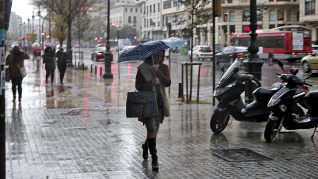 Imagen de la jornada de lluvias de hoy en Valencia