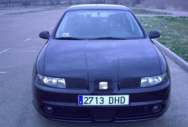 Vehículo Seat León robado en Nambroca