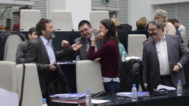 Mauricio Valiente, Carlos Sánchez Mato, Rita Maestre y Javier Barbero, en el pleno del Ayuntamiento de Madrid