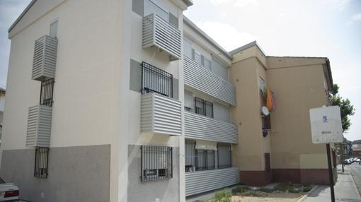 Un bloque de vivienda que ya fue rehabilitado, en la misma colonia